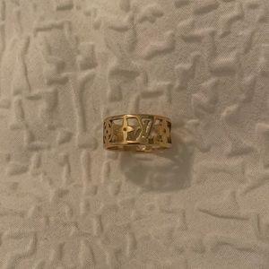 Louis Vuitton logo gold ring